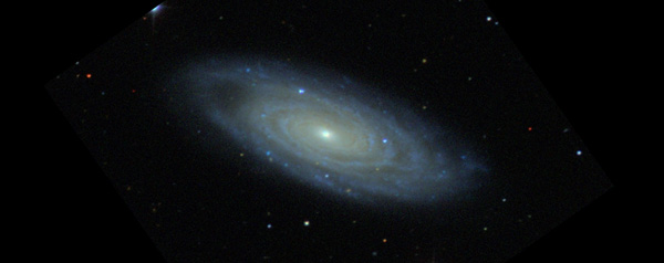 Sterrenstelsel NGC 7606