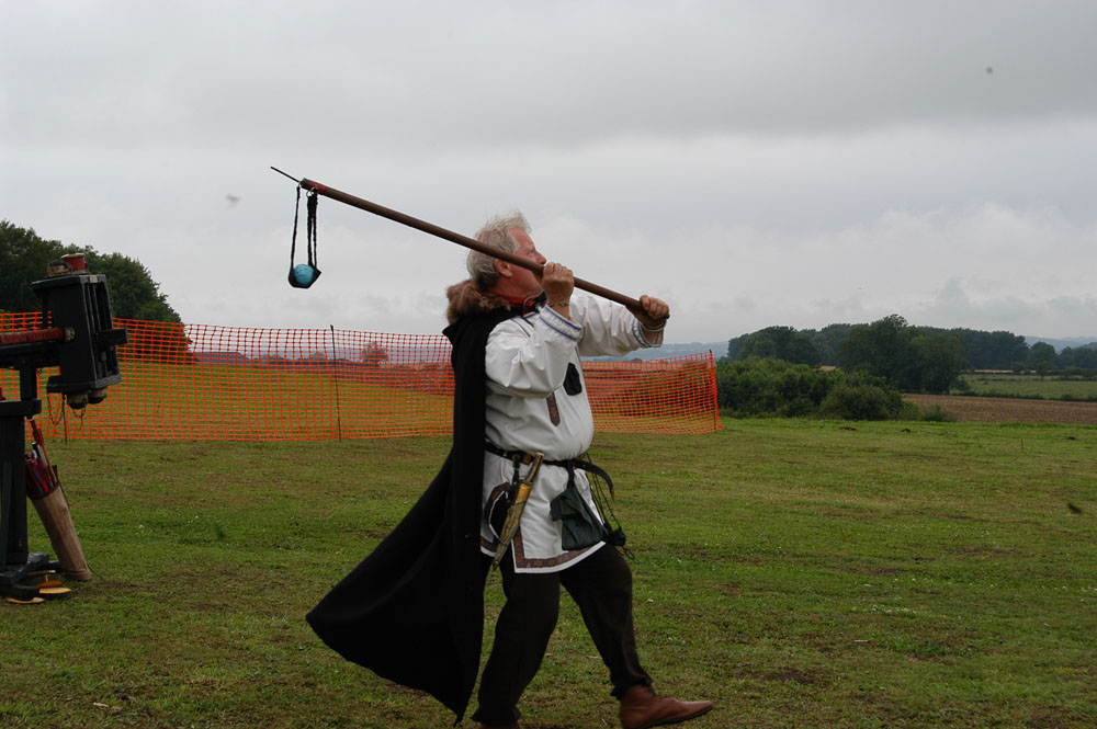sling-staff-display-hardwick-park-2011
