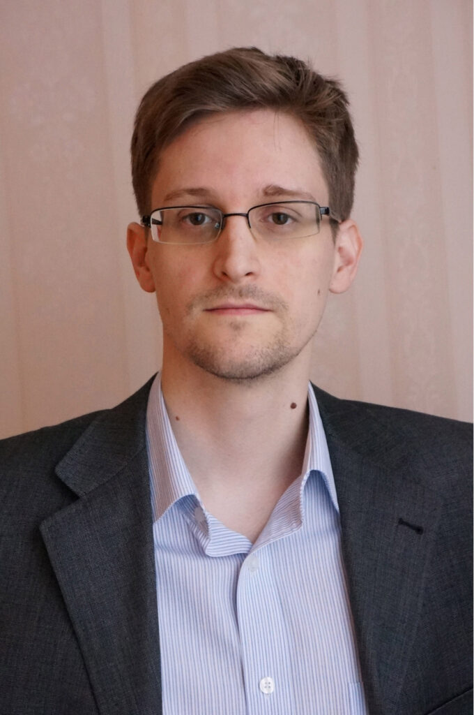 (FILE PHOTO) In this composite image a comparison has been made between Edward Snowden (L) and Joseph Gordon-Levitt actor . Actor Joseph Gordon-Levitt will play Edward Snowden (L) in a film biopic 'Snowden' directed by Oliver Stone. ***LEFT IMAGE*** MOSCOW, RUSSIA - DECEMBER 2013: (EXCLUSIVE ACCESS; PREMIUM RATES (3X) APPLY) Former intelligence contractor Edward Snowden poses for a photo during an interview in an undisclosed location in December 2013 in Moscow, Russia. Snowden who exposed extensive details of global electronic surveillance by the National Security Agency has been in Moscow since June 2012 after getting temporary asylum in order to evade prosecution by authorities in the U.S. (Photo by Barton Gellman/Getty Images) *** RIGHT IMAGE*** HOLLYWOOD, CA - APRIL 05: Actor Joseph Gordon-Levitt attends the 3rd Annual Reel Stories, Real Lives Benefiting The Motion Picture & Television Fund at Milk Studios on April 5, 2014 in Hollywood, California. (Photo by Michael Buckner/Getty Images for Motion Picture & Television Fund)