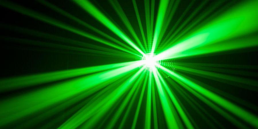 vliegtuigen laser laserstralen voorruit